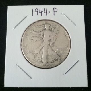 1944 P Walking Liberty 90% Silver Half Dollar.  900 Fine Silver Usa photo