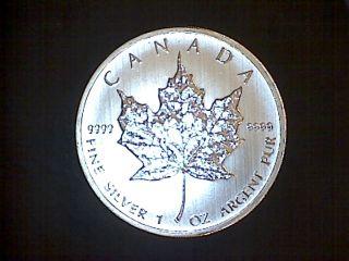 2012 Canada Silver Maple Leaf 1 Troy Oz 5 Dollar Coin Bu Uncirculated.  9999 Fine photo