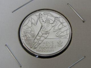 2009 Ms Unc Canadian Canada Men ' S Ice Hockey Quarter Twenty Five 25 Cent photo