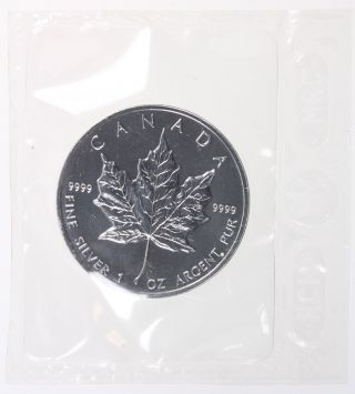 1998 Canada $5 Silver Maple Leaf - - photo