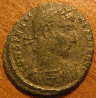 Ae 4.  Constantius Ii.  337 - 361 Ad.  2 Soldiers Reverse photo