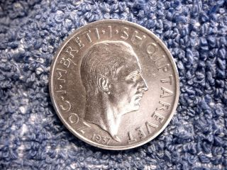 Albania: Scarce Silver 1 Frang Ar 1937 - R About Uncirculated (king Zog) photo