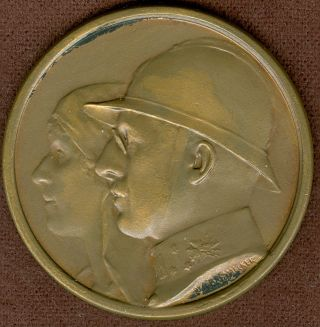 1949 Belgium Medal In Honor Of Ww1 Veteran Soldiers Society,  By E.  Bremaecker photo