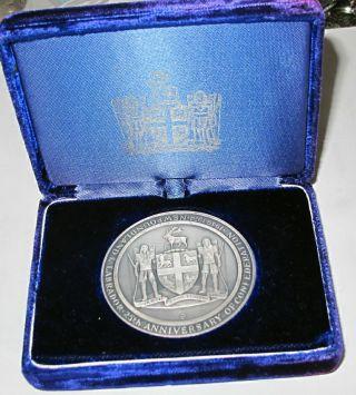 Newfoundland & Labrador Canada 9995 Silver Table Medal Case Unc photo