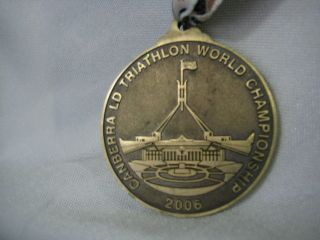 Triathlon World Canberra Ld Championship Australia 2006 Medallion Lanyd Finisher photo