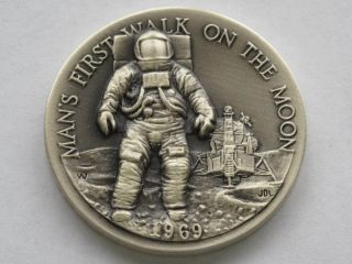 Man ' S First Walk On Moon Sterling Silver Medal Great American Triumphs D1622 photo