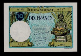 Madagascar 10 Francs (1937 - 47) Pick 36 Unc -. photo