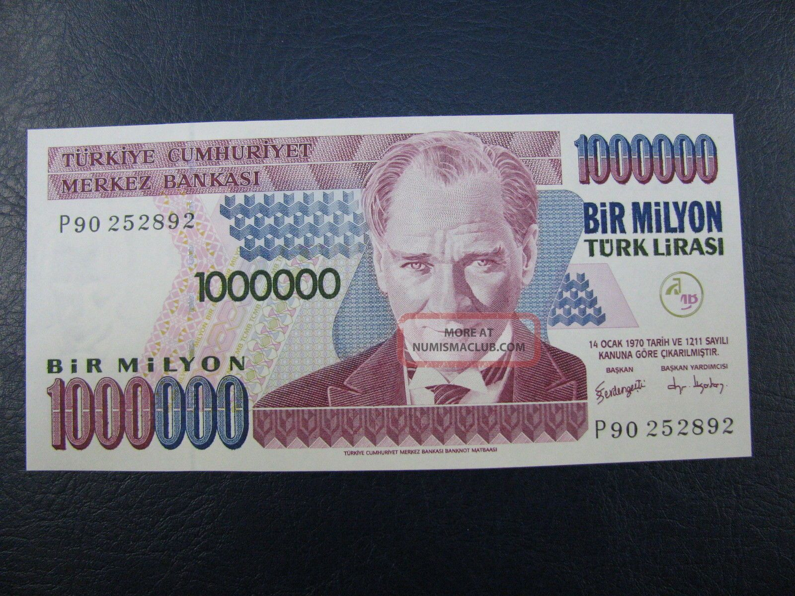 Ac - Turkey - 7th Emission 1 000 000 Tl P 90 252 892 Uncirculated Europe photo