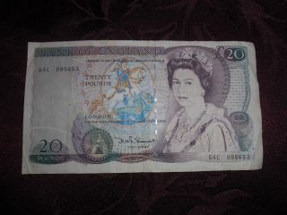 20 Pounds Bank Of England English Banknote photo