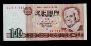 Germany Democratic 10 Deutsche Mark 1975 Xl Pick 28 Unc. photo