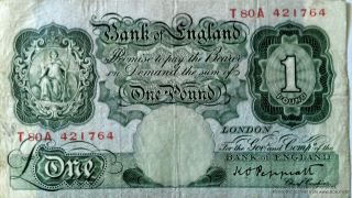 T80a421764 Large One Pound Note Bank Of England Cashier Kenneth Peppiatt 1934 photo