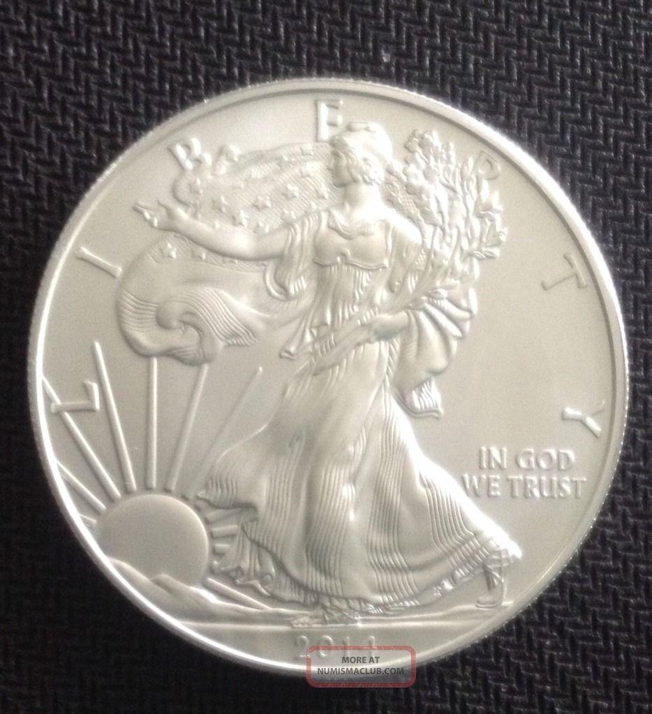 2014 1 Oz Silver American Eagle Bu $1 Coin.  999 Fine Silver Silver photo