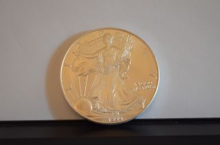 1999 1 Oz Silver American Eagle (uncirculated) photo