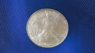 1998 American Eagle Uncirculated Silver Dollar photo