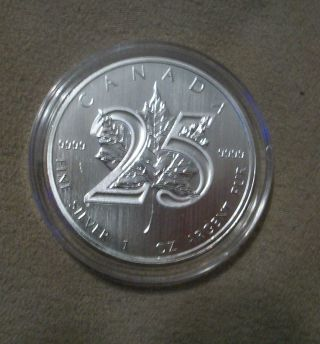 2013 1 Oz Silver Canadian Maple Leaf 25th Anniversary.  9999 Fine Unc photo