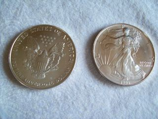 Two 1993 American Silver Eagle $1 Dollar 1 Oz 999 Silver photo