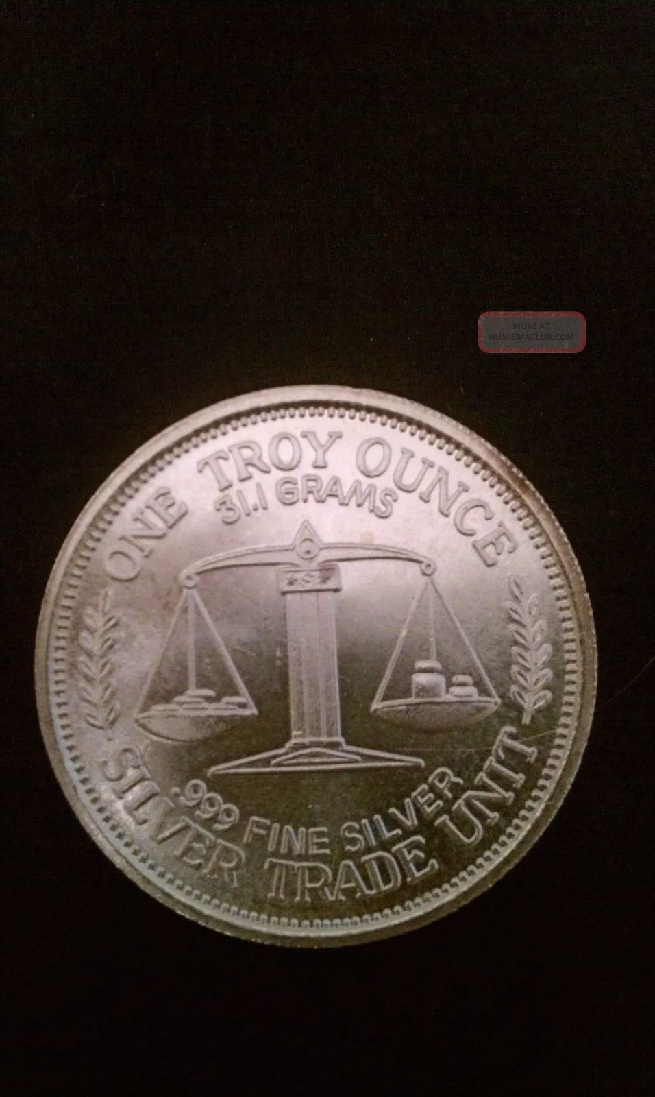 1984 Silver Trade Unit 999 One Troy Ounce Silver Round