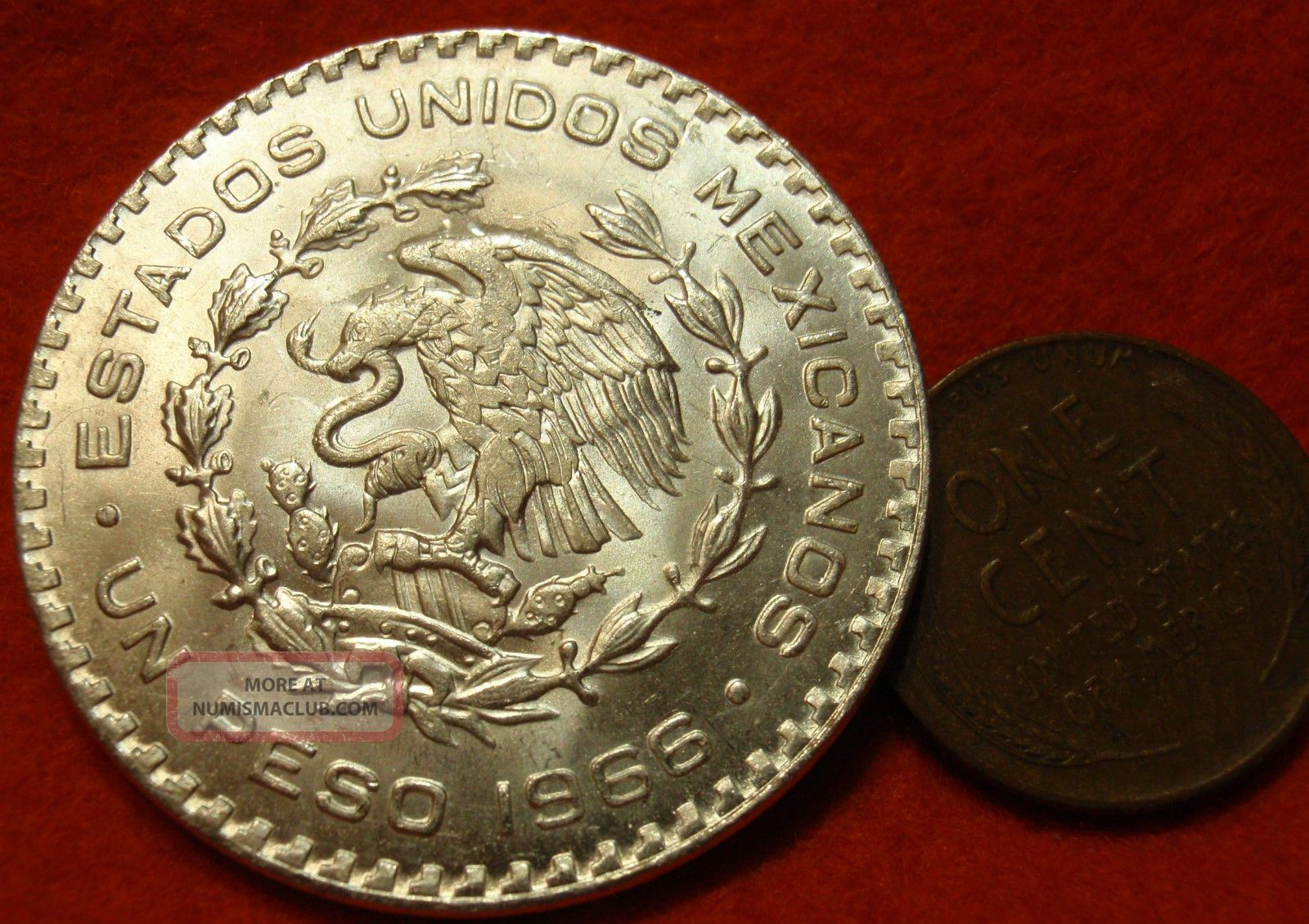 Mexican Silver Dollar Coin One Peso Big Grande 1966 Un