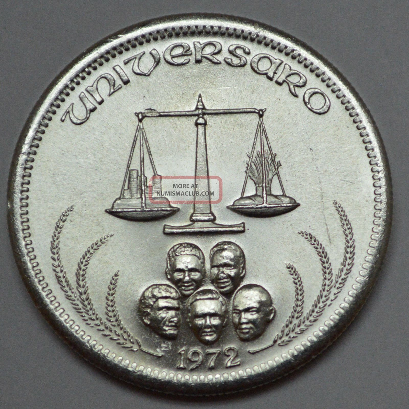 1972 Universaro One Silver World Trade 1 Oz 999 Silver 1