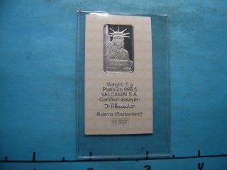 5 Gram Statue Of Liberty Platinum 999.  5 Credit Suisse S/n 019559 photo