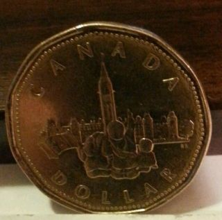 Canadian Dollar 1867 1992 125th Confederation Anniversay Commemorative Loonie photo