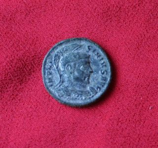 Licinius I Ae3.  319 Ad. photo
