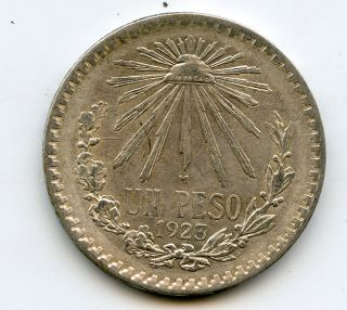 1923 1 Un Peso Silver Coin 3 0.  720 Mexico photo