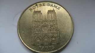 France - Medallion - Notre Dame De Paris 2001 - Millennium - Limited Edition photo