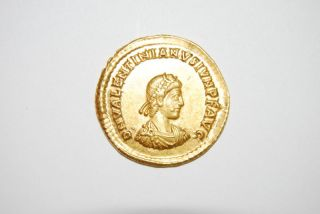 Valentinian Ii 375 - 392 Ad (av Solidus 4.  45g 20mm) Thessalonica Ef photo