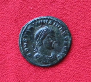 Constantine Ii Ae3.  317 - 318 Ad.  Rare photo