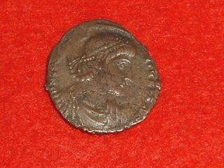 Constantius Ii (a.  D.  337 - 361) Bronze Centenionalis Authentic Roman Coin photo