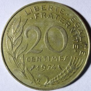 M31 Coin 20 Centimes 1974 France photo