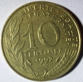 C71 Coin 10 Centimes 1992 France photo