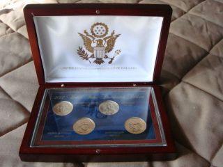 2007 U.  S.  Presidential Golden Dollars In Wooden Display Box,  Philadelphia photo
