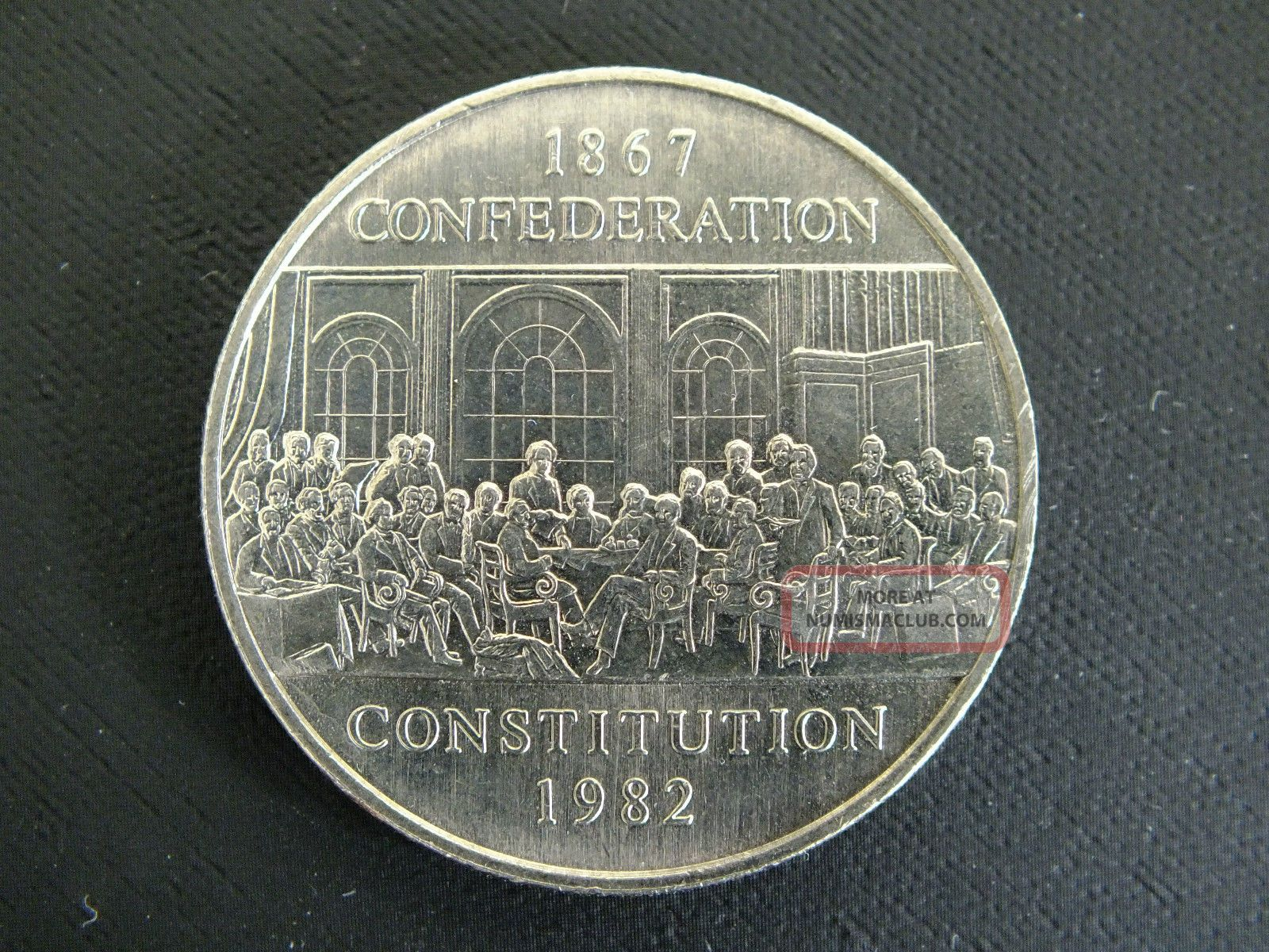 1982 - Canadian Dollar - Open To Offers - See Photos Of Actual Coin Coins: Canada photo