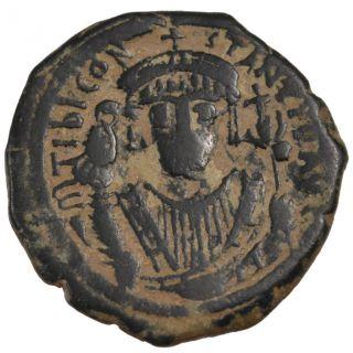 Bysantine Empire,  Tibere Ii Constantin,  Follis photo