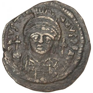 Bysantine Empire,  Justinien Ier,  Demi Follis photo