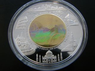 Rare Great Wall Of China ' Wonders Of The World ' Bimetal Hologram Coin - Box & photo