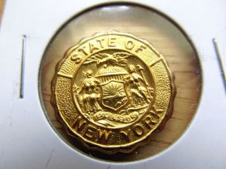 State Of York Uniface Gold Plated Token photo