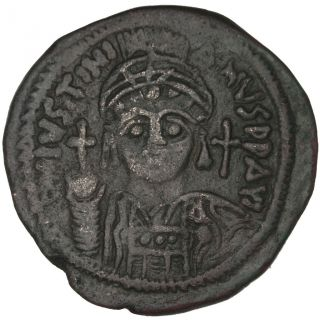 Bysantine Empire,  Justinien Ier,  Follis photo