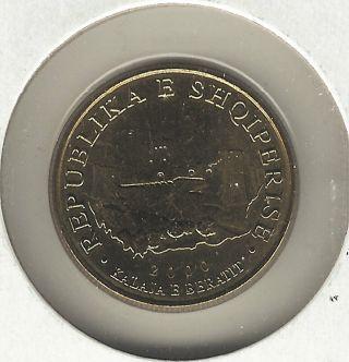 Albania 10 Leke,  2000 photo