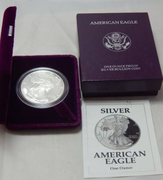 1992 - S Proof American Silver Eagle Dollar Bullion Coin W/ Case,  Box & photo