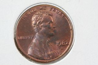 1982 - D 1c Lincoln Memorial Cents Brilliant Uncirculated Red photo