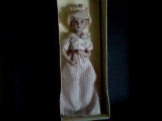Antique Russia Girl Doll Ceramics Co.  Ltd.  Tianzhong Industrial Industrial photo