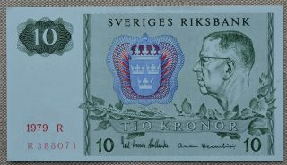 Sweden 10 Kronor 1979 Unc P - 52d King Gustaf Vi Adolf Aurora Borealis photo