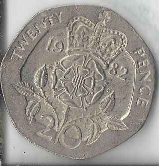 United Kingdom 1982 20 Pence.  Circulated.  Grade. photo