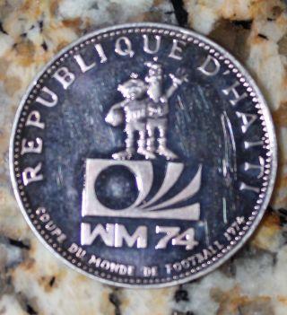 Haiti 1973 25 Gourdes Silver Haitian Collectable Coin 30.  5mm photo