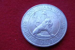 Paraguay 1968 300 Guaranies Silver Coin - Uncirculated photo