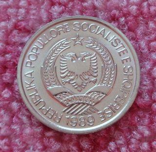 Uncirculated,  Full Of Lustre,  Albania 1989,  2 Leke,  Communist Albania Coin. photo