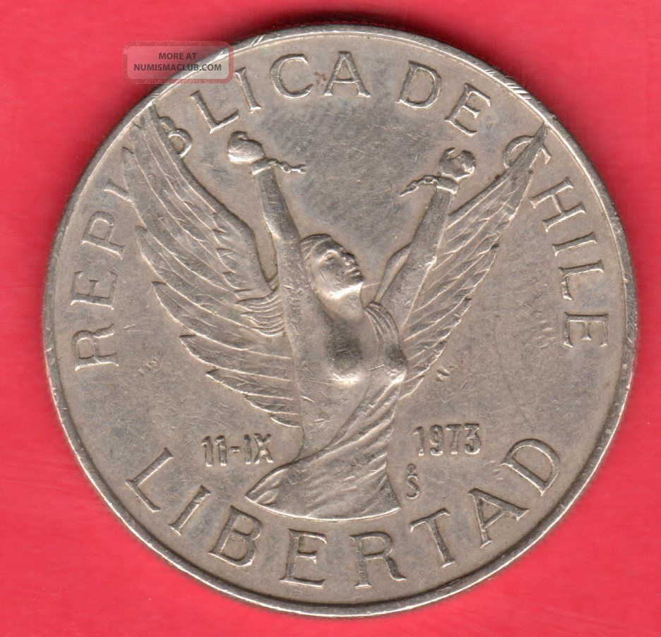 Chile 10 Pesos - 1977 - Circulated.  Coin South America photo